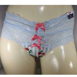 2X 18/20W Striped Strawberry Lace Wide Side Thong